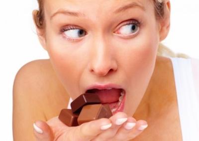 12 признаков эмоциональной зависимости от еды
